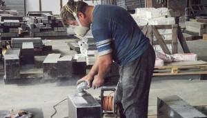 ручна обробка граніта