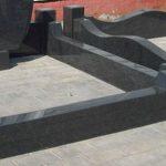granitnyj-cokol-2